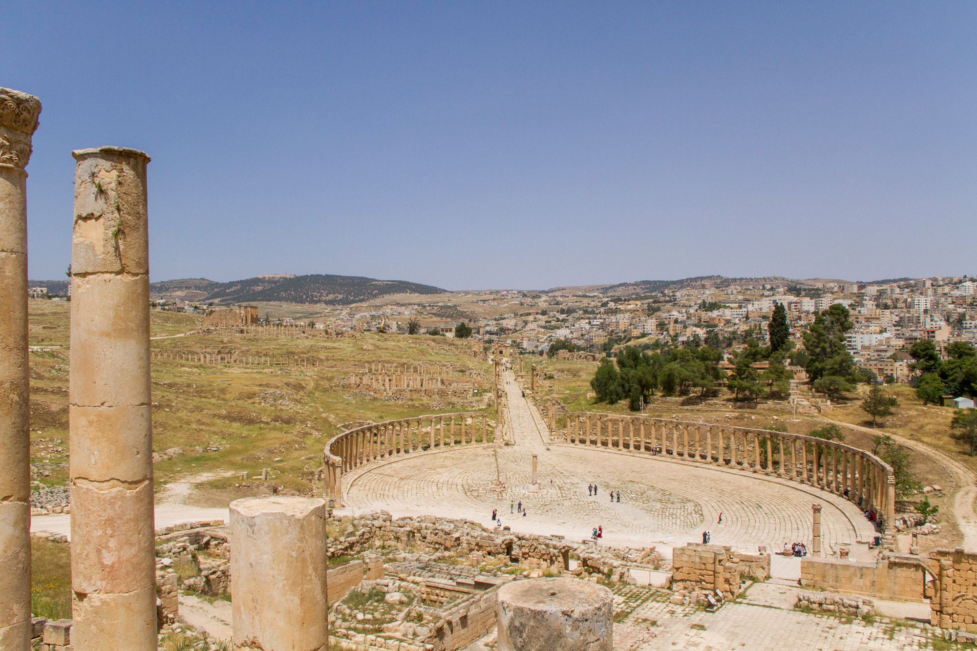 The Jerash ruins of Jordan are said to be the best-preserved Roman ruins outside of Italy. Jerash is in the north of Jordan, around 50km from the capital Amman.