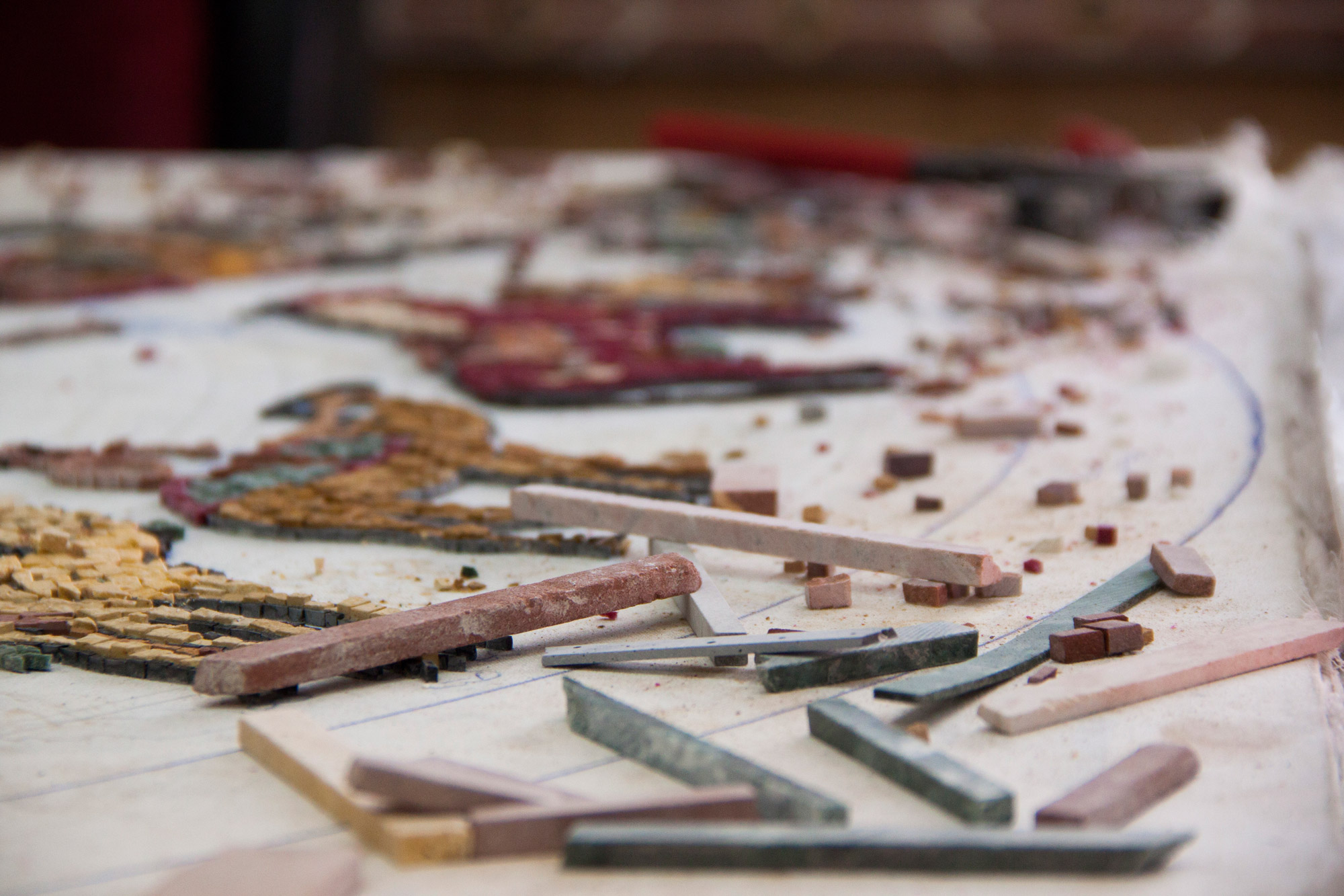The craft of mosaic making has a noble and distinguished heritage in Jordan. Mosaics are made from tiny squares of naturally coloured rock called tesserae.